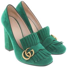 Pre-owned pumps in green ($530) ❤ liked on Polyvore featuring shoes, pumps, green, fringe pumps, decorating shoes, green shoes, block-heel shoes and suede pumps