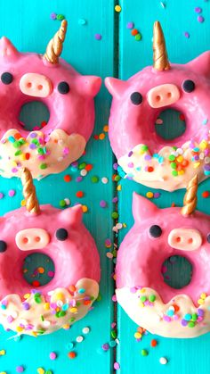 Unicorn Pig Donuts - Unicorns are amazing. Pigs are amazing. Donuts are amazing. - Unicorn Pig Donuts – Unicorns are amazing. Pigs are amazing. Donuts are amazing… – Unicorn - Cute Donuts, Mini Donuts, Fancy Donuts, Donuts Donuts, Doughnut, Delicious Donuts, Delicious Desserts, Köstliche Desserts, Dessert Recipes