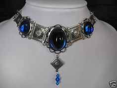 Choker style Victorian/Medieval/Renaissance/Costume/Gothic Choice color  (jewels of the queen)