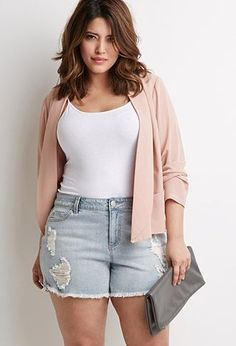 Cool 35 Casual Summer Outfits for Curvy Teen Girls - woman plus size fashion Mode Top, Mode Plus, Plus Size Dresses, Plus Size Outfits, Short Dresses, Wrap Dresses, Plus Size Shorts, Linen Dresses, Maxi Dresses