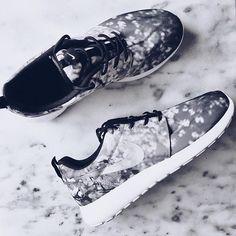 Fresh out of the box. #perfect #print #Nike @liketoknow.it www.liketk.it/29eJh #liketkit #ltkunder100 #ltkshoecrush