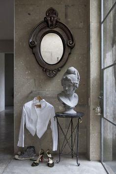 espejo escultura busto espacio