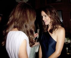 Catherine, Duchess of Cambridge talks to Jennifer Garner at the 2011 BAFTA Brits To Watch Event at the Belasco Theatre on July 9, 2011 in Los Angeles, California.