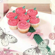 Betty Crocker cupcake bouquet on board Betty Crocker, Mini Cupcakes, Wedding Planners, Desserts, Bouquet, Board, Tailgate Desserts, Deserts, Wedding Planer