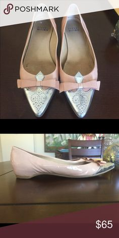 🌱 STUART WEITZMAN Pointed toe flats These flats look great at the office or casually with a pair of jeans. These are in great condition but show signs of wear on the insoles. Stuart Weitzman Shoes Flats & Loafers