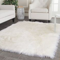 Rugs For Living Room How would you describe this? Rugs For Living Room white faux fur rug Handmade sheepskin shag rug. White Fluffy Rug, White Faux Fur Rug, Fuzzy White Rug, White Leather, Living Room Decor, Bedroom Decor, Bedroom Rugs, Fluffy Rugs Bedroom, Bedroom Ideas