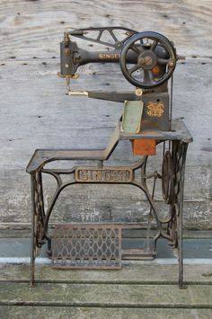 Singer 29-4 made in 1905, cobbler, table top | Singer ...