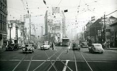 The intersection where 9th, Main and Spring Streets converge. Photo taken in 1948. (Bizarre Los Angeles)