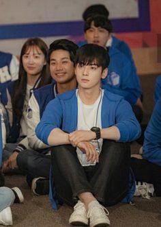 My id is gangnam beauty 💕 Jung Hyun, Kim Jung, Cha Eun Woo, Korean Celebrities, Korean Actors, Advance Bravely, Kwak Dong Yeon, Taehyung, Cha Eunwoo Astro