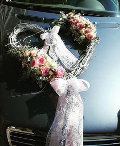 Love is everywhere...Car decoration...Wedding decoration... #weddingdecor #weddingcar #weddingday #heart #roses #flowershop #flowerlove #fullinlove #happylife #summerwedding #anthos_theartofflowers #greece Wedding Car, Summer Wedding, Flower Art, Greece, Floral Wreath, Wedding Decorations, Roses, Wreaths, Heart