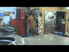 Simple post explaining everything for free: metal work welding design Welding Cart, Welding Jobs, Mig Welding, Working Area, Metal Working, History Of Welding, Welding Design, Types Of Welding, Welding Gloves