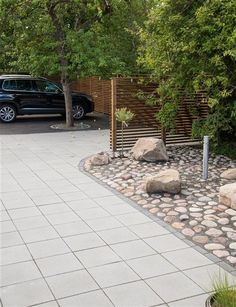 Inspiration - marksten i betong Garden Paving, Garden Fencing, Garden Stones, Garden Paths, Rock Garden Design, Backyard Garden Design, Outdoor Landscaping, Front Yard Landscaping, Pebble Patio