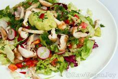 Salata cu ciuperci Shiitake si dressing de avocado on http://rawveganjoy.ro/wordpress