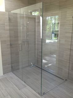 Find Out More On Incredible Showers Do It Yourself Bathroom Ideas Uk, Small Bathroom With Shower, Master Bathroom Shower, Bathroom Tile Designs, Bathroom Layout, Bathroom Inspiration, Bathroom Interior, Küchen Design, Decoration