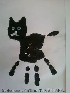 Black cat handprint, art for kids Handprint gato negro, arte para niños Daycare Crafts, Classroom Crafts, Cat Crafts, Animal Crafts, Daycare Rooms, Theme Halloween, Halloween Crafts For Kids, Toddler Art, Toddler Crafts