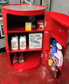 This Bright Red Drum Barrel Storage Bar offers a unique area to store your commonly used detailing items, cleaning supplies, and motor oils. The space saving