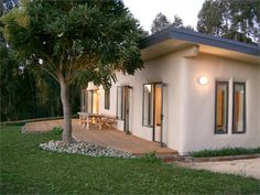 Havelock North Holiday Home accommodation. The Straw Bale House, Havelock North, Hastings