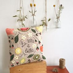 La vita è Bella Hello March, Punch Needle Patterns, Pillow Inspiration, Punch Art, Rug Hooking, Embroidery Stitches, Decoupage, Diy And Crafts, Weaving
