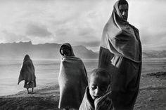 Sebastião Salgado  Sahel: The End of the Road. Refugees in the Korem refugee camp, Tigray, Ethiopia, 1984.