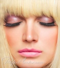 Fem Fatale Eyelash Extensions
