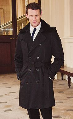 Matt Smith arrives at Buckingham Palace (November 18, 2013)