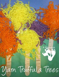 Fun and easy to make Yarn Truffula Trees - 3Dinosaurs.com Dr Seuss Crafts, Preschool Crafts, Crafts For Kids, Preschool Kindergarten, Dr Seuss Preschool Art, Dr Seuss Week, Dr Suess, Science Projects, Projects To Try