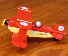 Red-Skyflyer-Plane