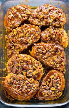 Overnight Pecan Pie French Toast - Baker by Nature - Brunch Recipes Protein Rich Breakfast, Breakfast And Brunch, Breakfast Casserole, Healthy Breakfast Recipes, Healthy Recipes, Breakfast Dessert, Overnight Breakfast, Breakfast Ideas, Mexican Breakfast