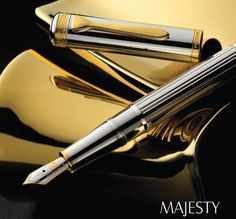PELIKAN  MAJESTY