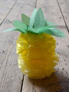 How to make a paper pom pom pineapple