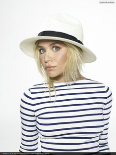 oooh a high neck stripe. it's even perplexing this Olsen!