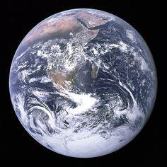 Una ojeada a la Tierra desde el espacio: La Gran Canica Azul