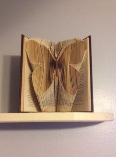 Articoli simili a Folded Book Art Butterfly su Etsy
