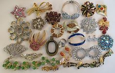 LOT VTG CRAFT REPAIR Rhinestone Brooch Vtg Jewelry Craft Lot 1 1/2 pounds