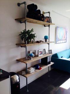 Wandmeubel met 4 planken van steigerhout met steigerbuis (061120141208)