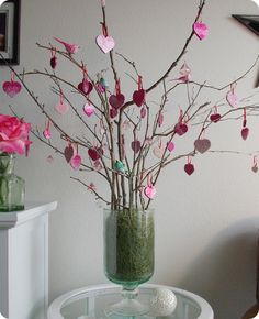 """cute valentines centerpiece kind of like a thankful tree, but a """"Love"""" Tree"""