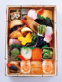 明治の創業以来受け継がれてきた京料理の数々を、持ち帰って楽しめるの春の「花見弁当」(3、000円)。