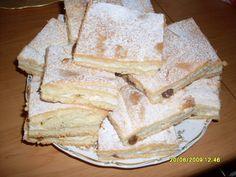 Linecký koláč s tvarohovou náplní