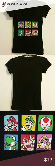 Super Mario T-Shirt Super Mario t-shirt black, size Small. Super Mario Tops