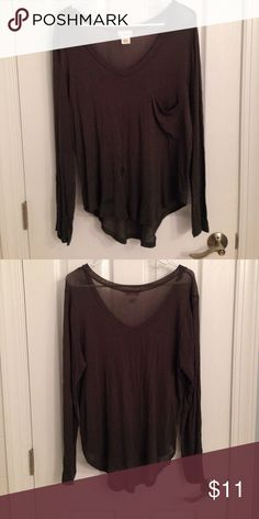 Wet Seal Long Sleeve Pocket Tee (Size L) A long-sleeve olive green loose pocket tee from Wet Seal. Semi-sheer soft fabric. Worn only a few times! Don't hesitate to ask questions or make an offer. ☺️ Wet Seal Tops Tees - Short Sleeve