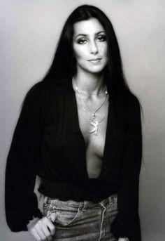 Fotos raras de gente famosa 3                      Cher