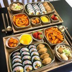 Think Food, I Love Food, Good Food, Yummy Food, Comida Picnic, Korean Street Food, South Korean Food, Fast Food, Food Goals