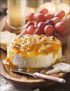 Entertaining: Easy Appetizers – Jezebel Sauce on Brie | Picture-Perfect MealsPicture-Perfect Meals