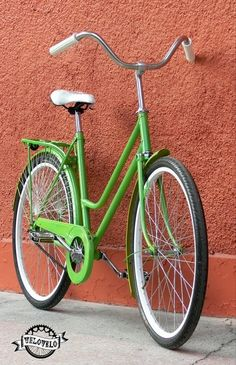 I love the color green and black tires so it doesn't show dirt.