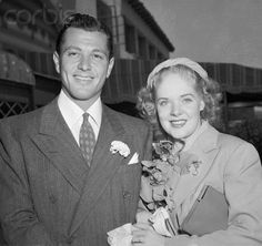 Alice Faye and first husband Tony Martin at their 1937 wedding Old Hollywood Stars, Old Hollywood Movies, Classic Hollywood, Vintage Movie Stars, Vintage Movies, Celebrity Couples, Celebrity Weddings, Tony Martin, Alice Faye