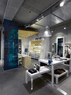 Adidas Originals concept store, Berlin store design