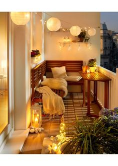 63 cozy apartment balcony decorating ideas - Home Page Apartment Balcony Decorating, Apartment Living, Apartment Balconies, Decorating Small Apartments, Small Cozy Apartment, Apartment Patios, Apartment Walls, Small Condo, Studio Apartment