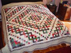 postage stamp quilt Trinity Celtic knot quilt  ©  Deborah Cohen, used by permission