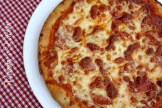 Mommy's Kitchen: Copy Cat Pizza Hut Pepperoni Pan Pizza perfect football food.