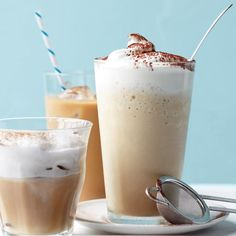 Iced Cappuccino Recipe (use almond milk---stir with whisk to foam and use THM plan sweetener) Diy Cold Brew Coffee, Homemade Iced Coffee, Best Iced Coffee, Iced Coffee Drinks, Blended Coffee, Cappuccino Recipe, Iced Cappuccino, Cappuccino Machine, Iced Latte